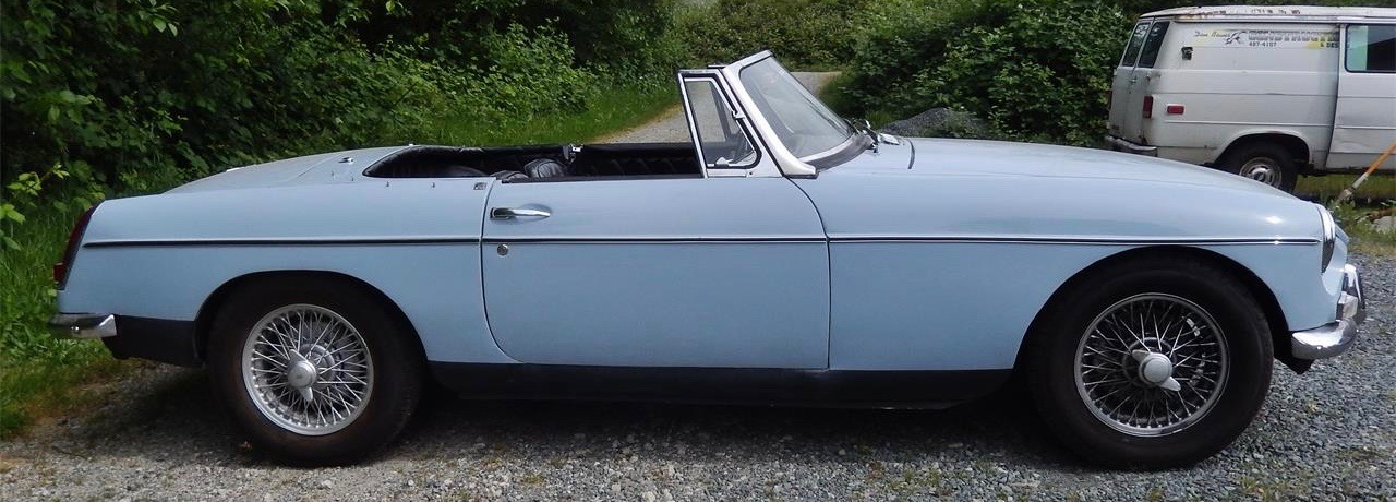 Restored MGB seems ideal for someone's first classic | ClassicCars.com