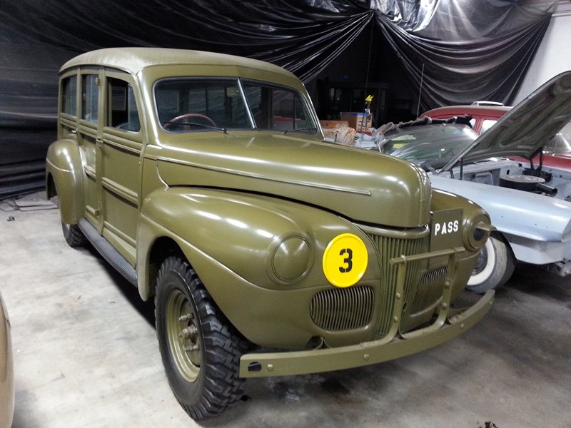 Tom Mack auctions gets Old Car Heaven museum collection