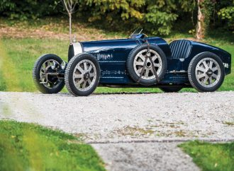 Bugatti Type 35, Maserati MC12 are no-reserve consignments for RM Sotheby's Paris sale