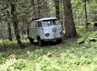 VW Resurrection: Beautiful French video and a young Phoenix guy who lives the life