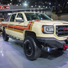GMC Desert Fox Sierra concept truck is a retro off-roader
