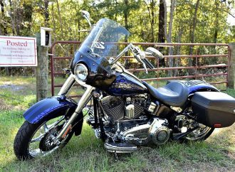 Rocker Gregg Allman's custom motorcycle will be offered at Florida auction