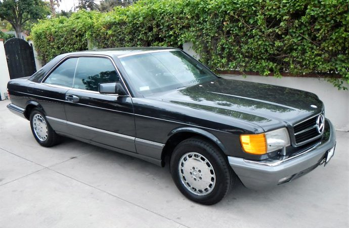 Stylish, fast 1989 Mercedes-Benz 560SEC