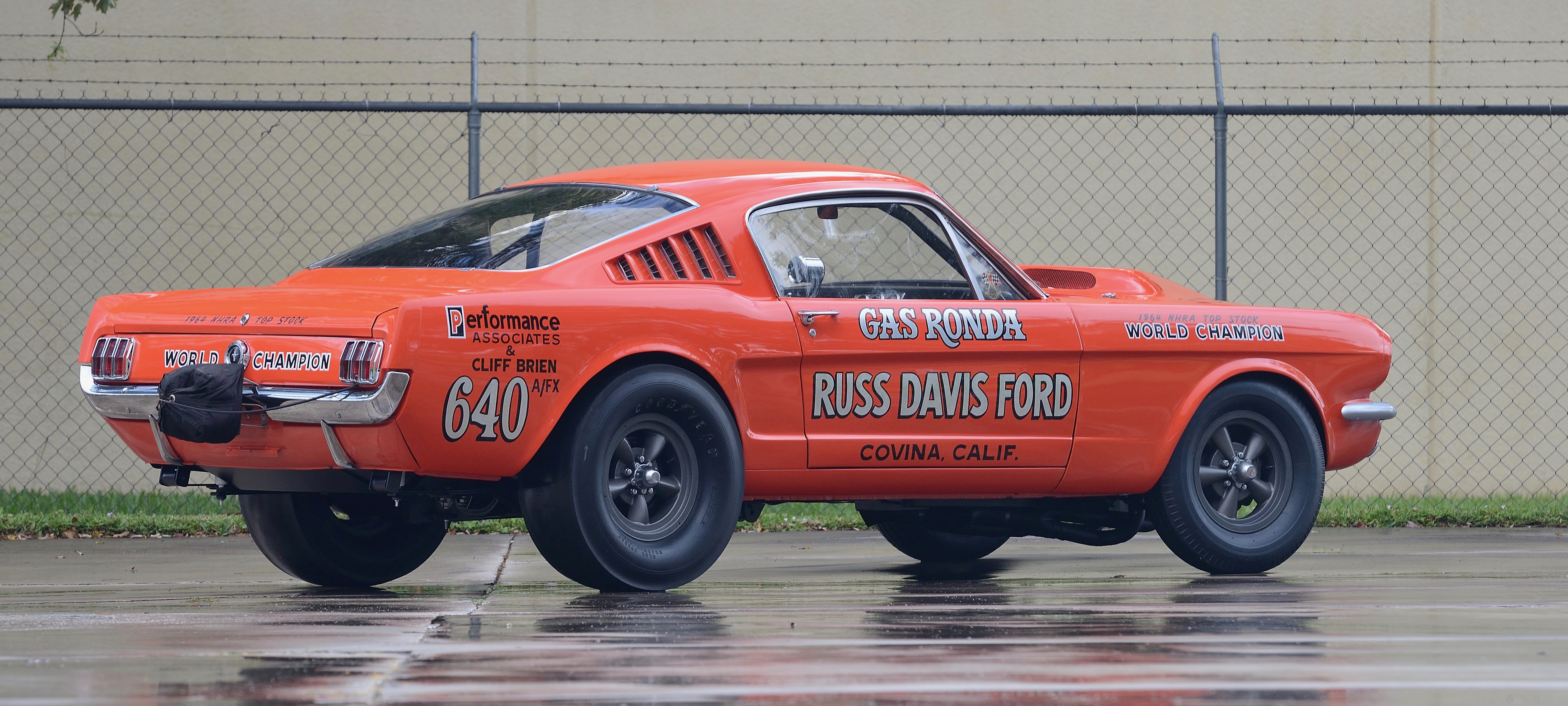 , Lightweights could pull 'heavy' prices at Mecum's Kissimmee auction, ClassicCars.com Journal