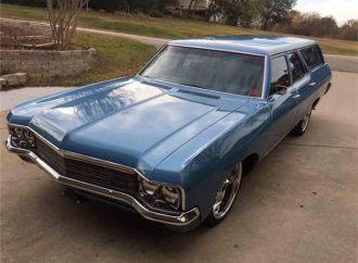 Customized 1970 Chevrolet Brookwood station wagon