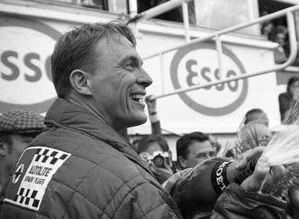 Dan Gurney, legendary motorsports champion and true gentleman, dies at 86