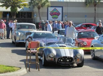 Lunch bunch: Car guys meet to eat — and talk — in Sarasota, Florida