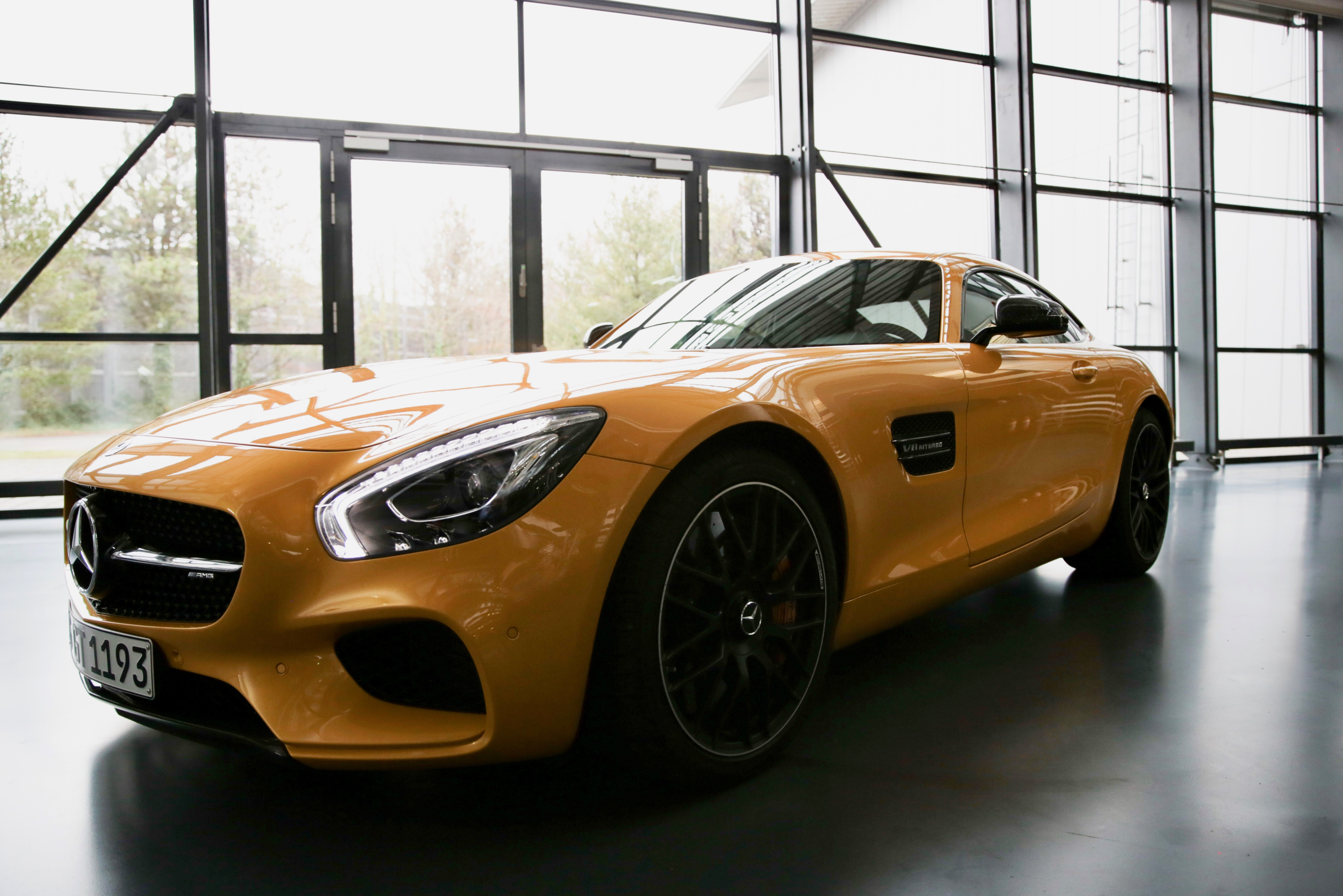 Smithsonian Channel, Smithsonian Channel examines how supercars are built, ClassicCars.com Journal