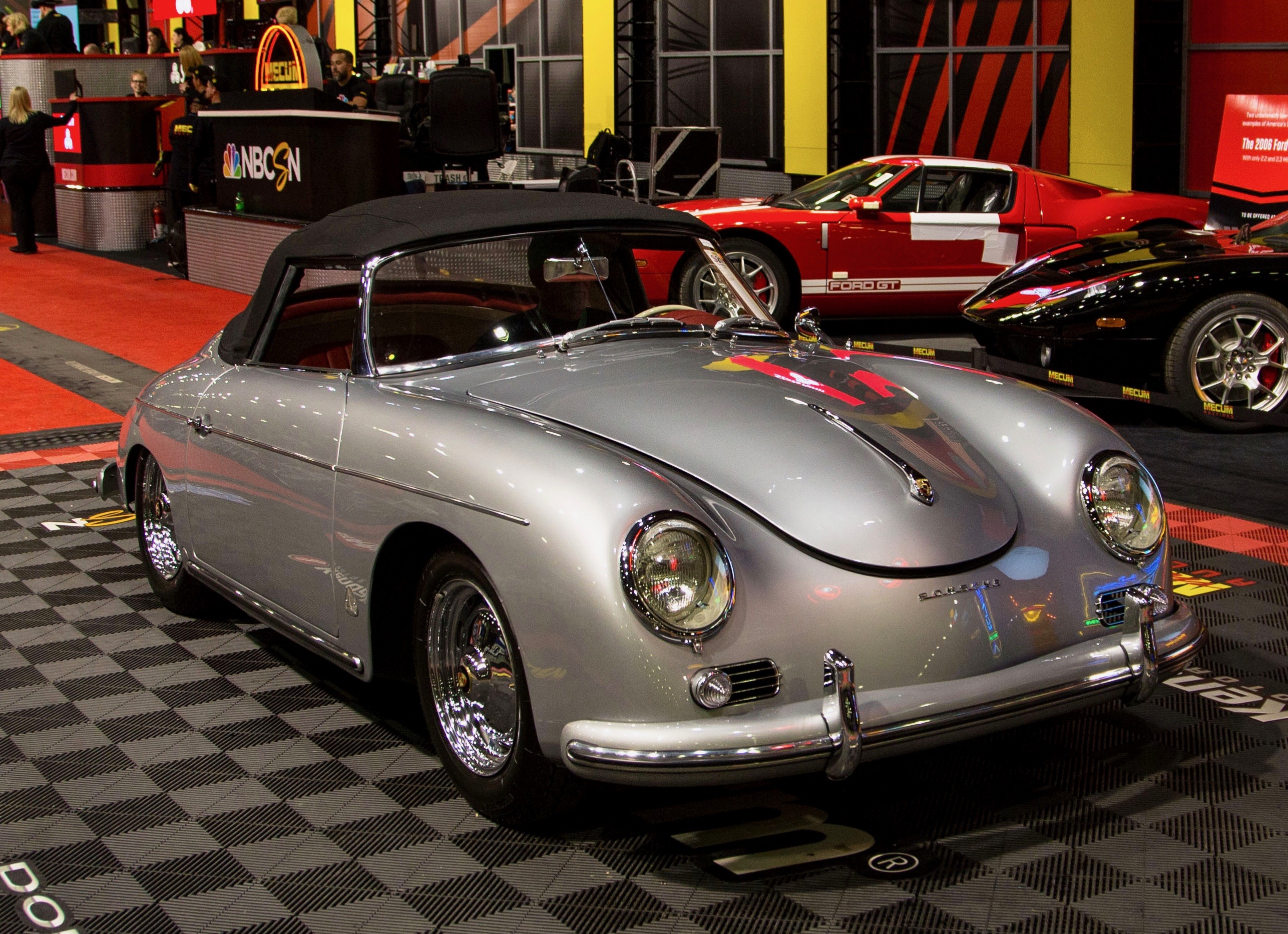 Mecum does $9 million with just 49 percent sell-through in LA | ClassicCars