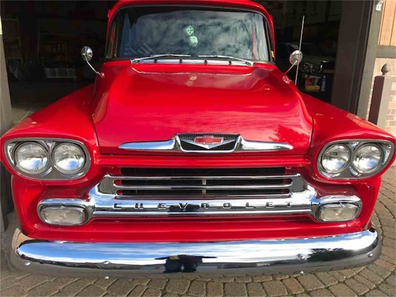 Pickup pick up lines for Valentine's Day | ClassicCars.com Journal