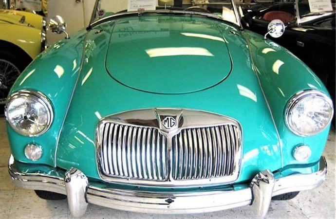 Rare early color 1956 MGA roadster