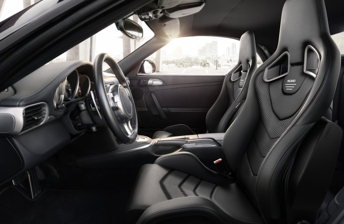 Recaro launches new seat options