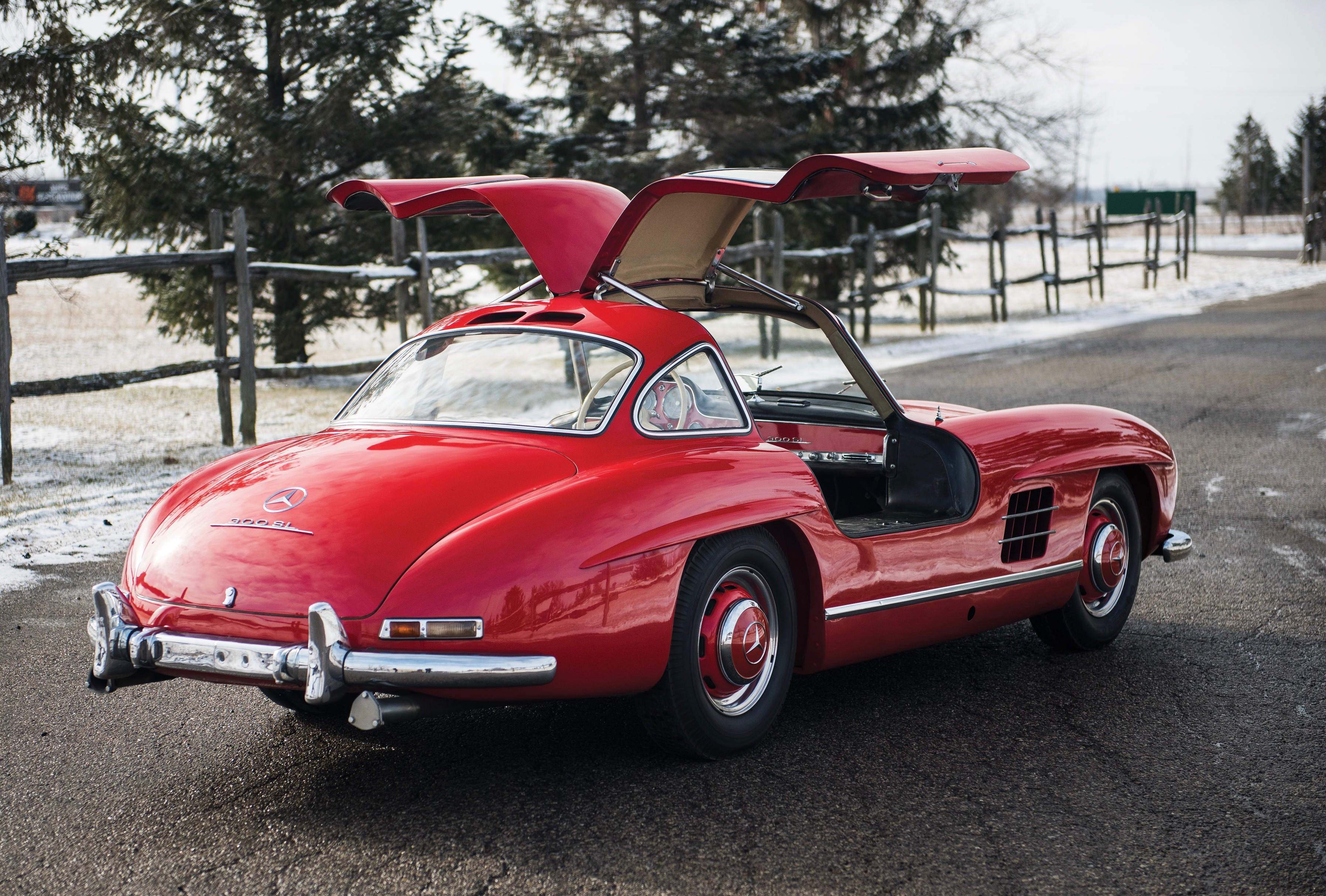 Unrestored \'Gullwing\' going from museum to auction - ClassicCars.com ...