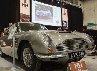 Aston Martin DB6 does very well at H&H Classics auction