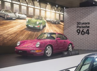 Weatherproof: Europe celebrates collector cars indoors at Essen