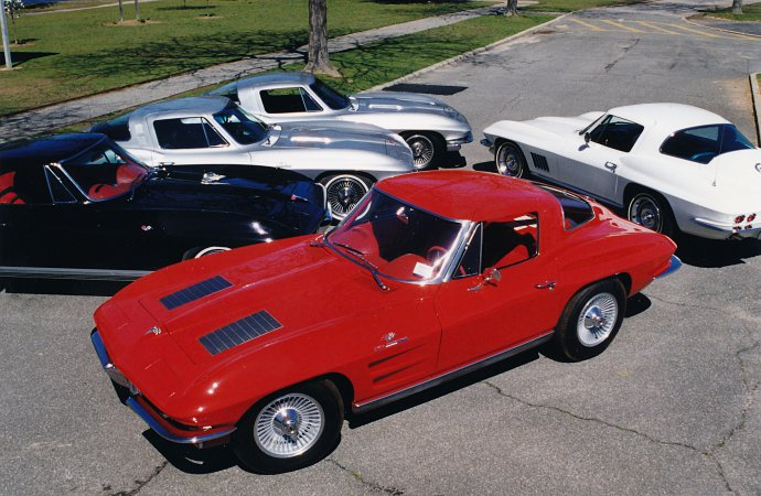 'Big Tank' Corvette collection going across Indy auction block