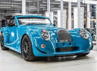 First of the last: Morgan Aero 8 GT rolls off the assembly line