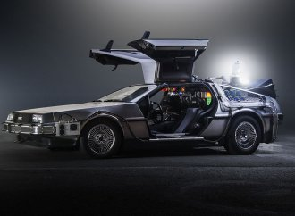 DeLorean widow sues for royalties from 'Back to the Future' films