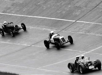 Video pays homage to vintage racing at Montlhery Autodrome