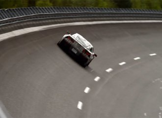 Watch newest Corvette ZR1 top 210 mph on German track