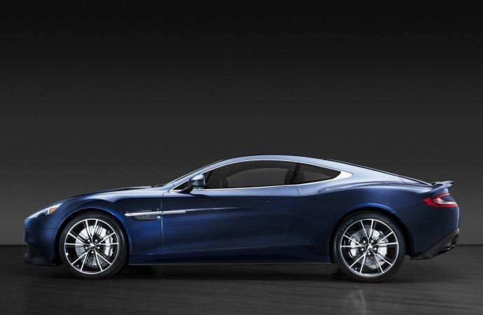 Buying Bond: Daniel Craig's Aston Martin sells for more than $460K