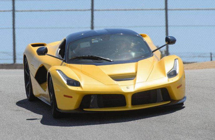 Ferrari Challenge Weekend getting first all-women track session