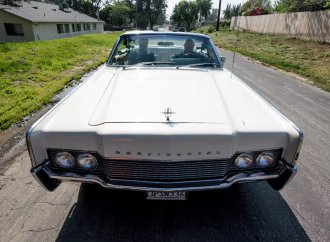 Jay Leno's latest car: All-original 1966 Lincoln Continental