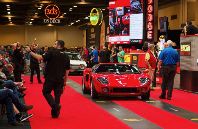 Contemporary collectibles dominate Mecum's Houston auction