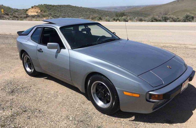 51,000-mile Porsche 944