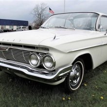 Bubble-top 1961 Chevy Impala