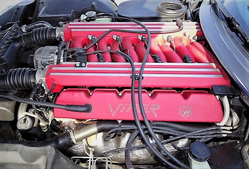 Viper's signature V10 engine