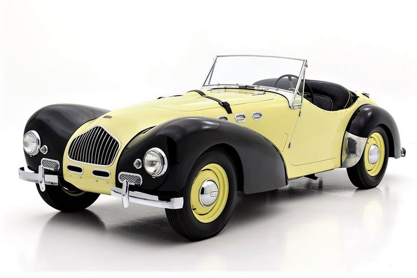 The Allard wears an older repaint of Primrose with black fenders