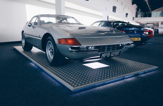 Ferrari Daytona tops Silverstone auction doubleheader