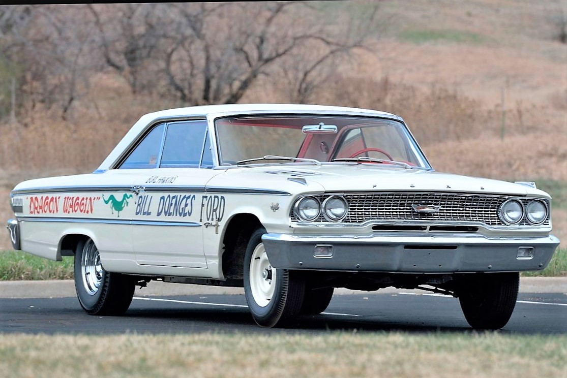 The 1963 Ford Galaxie lightweight wears its famous racing name, 'Dragon Waggin' | Mecum Auctions photos