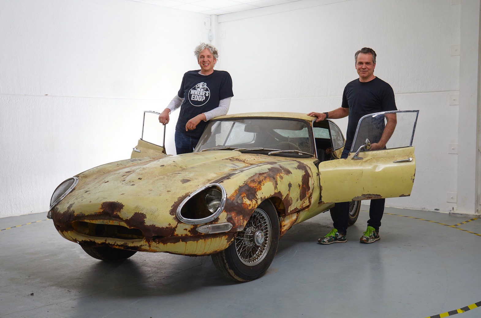 Edd China, Al Cox and a Jaguar E-type they aim to restore