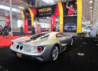 Controversial consignment: New Ford GT added to Mecum's Indy auction docket