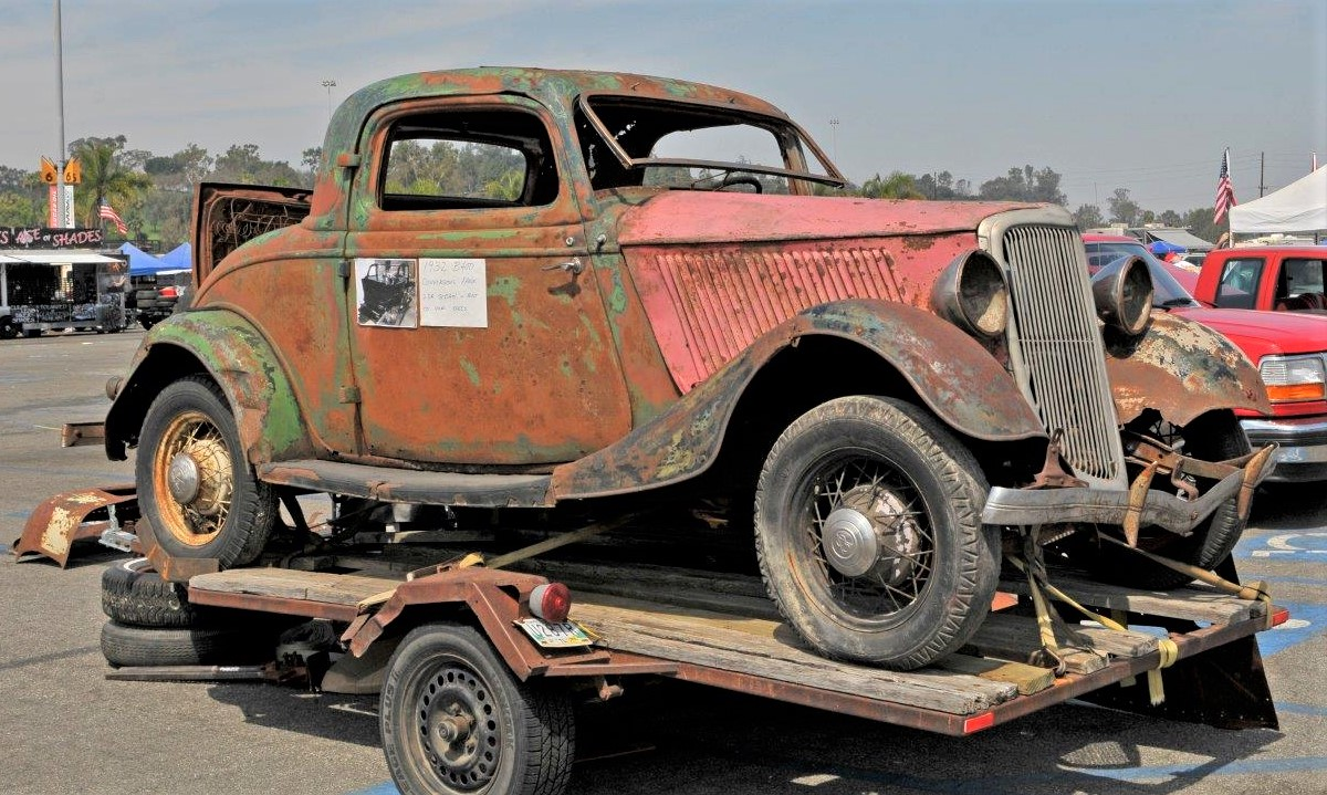 car show A 'barn find' awaiting attention at the LA Roadsters Swap Meet | LA Roadsters