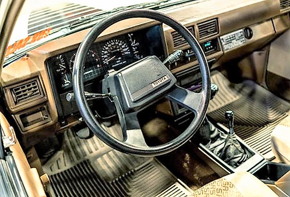 Clean original 1985 toyota pickup for 1985 toyota pickup interior parts