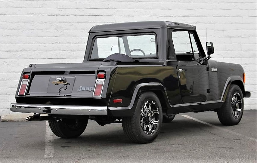 The Jeep Commando has a short pickup bed and composite roof