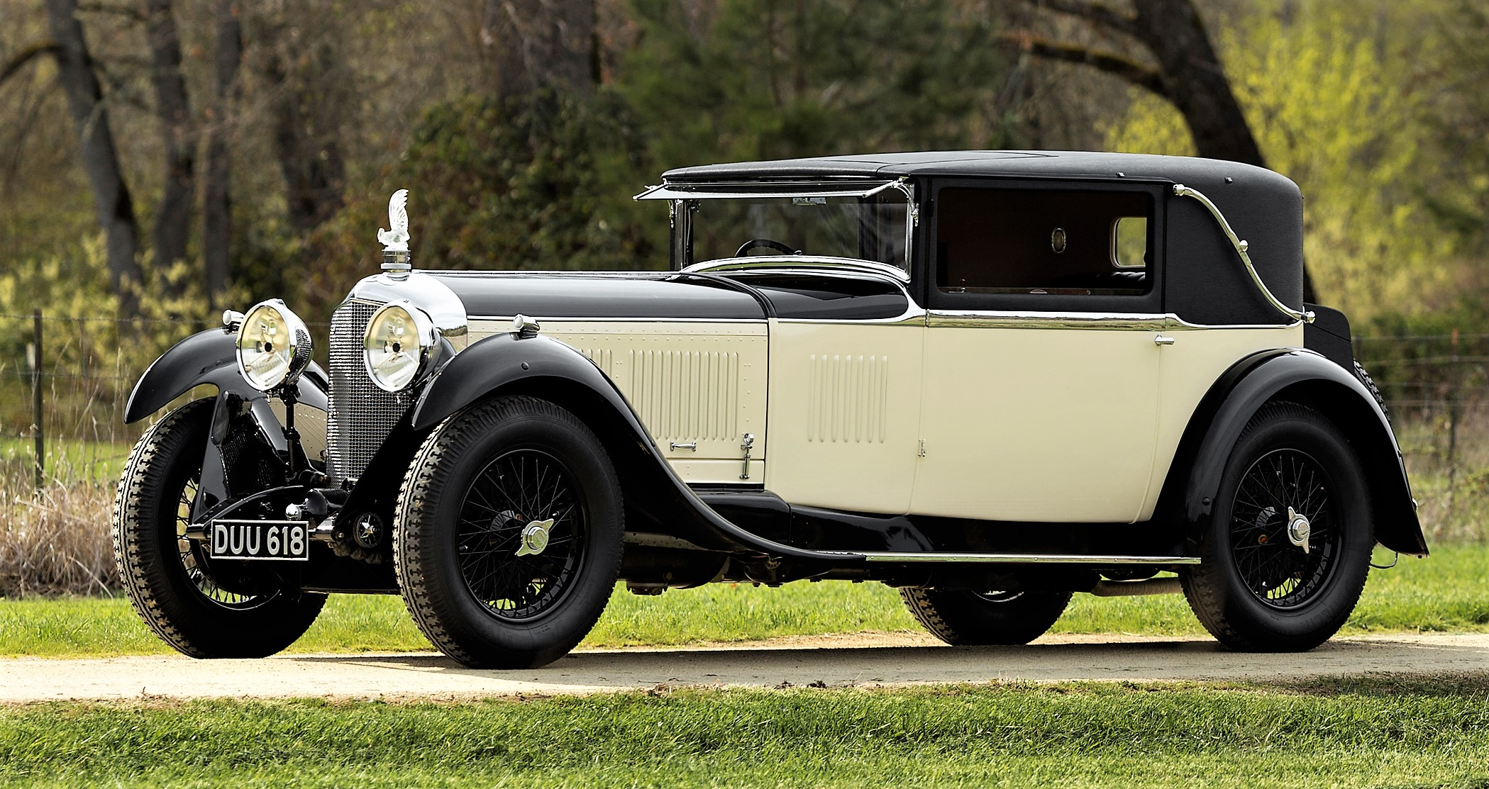 The division will offer this 1930 Bentley 61/2-Litre 'Speed Six'