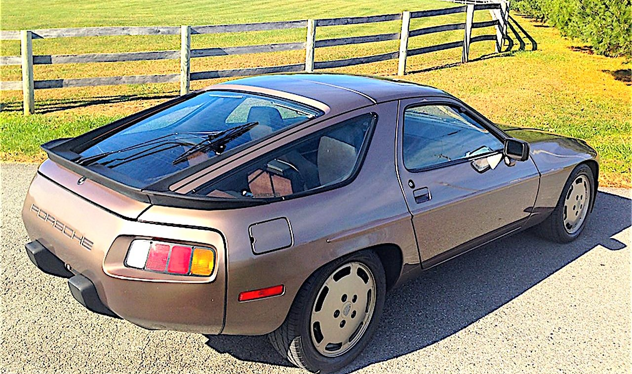 The Porsche 928 has a uniquely futuristic design