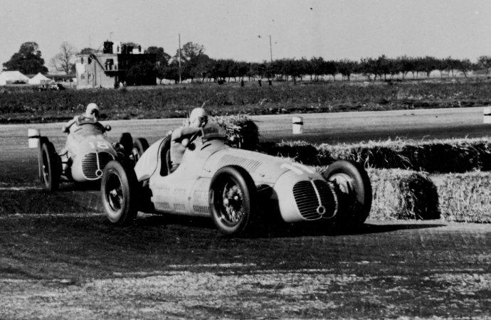 Silverstone celebrates 70th anniversary