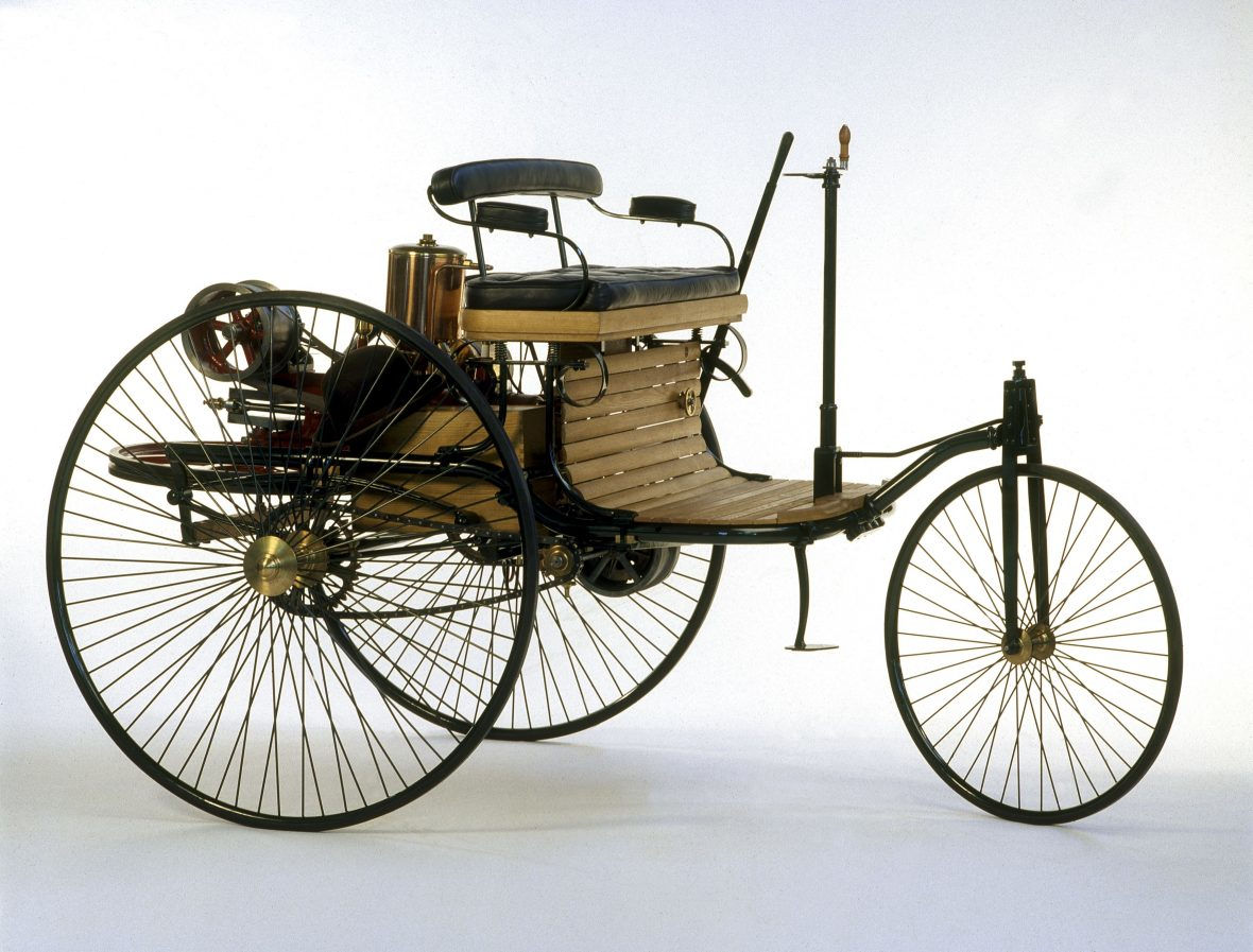 This replica of the Mercedes-Benz Patent Motorwagen is for sale. | Mercedes-Benz photo