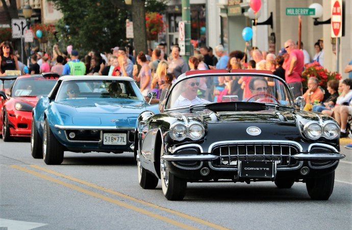 Eight great Chevy Corvettes