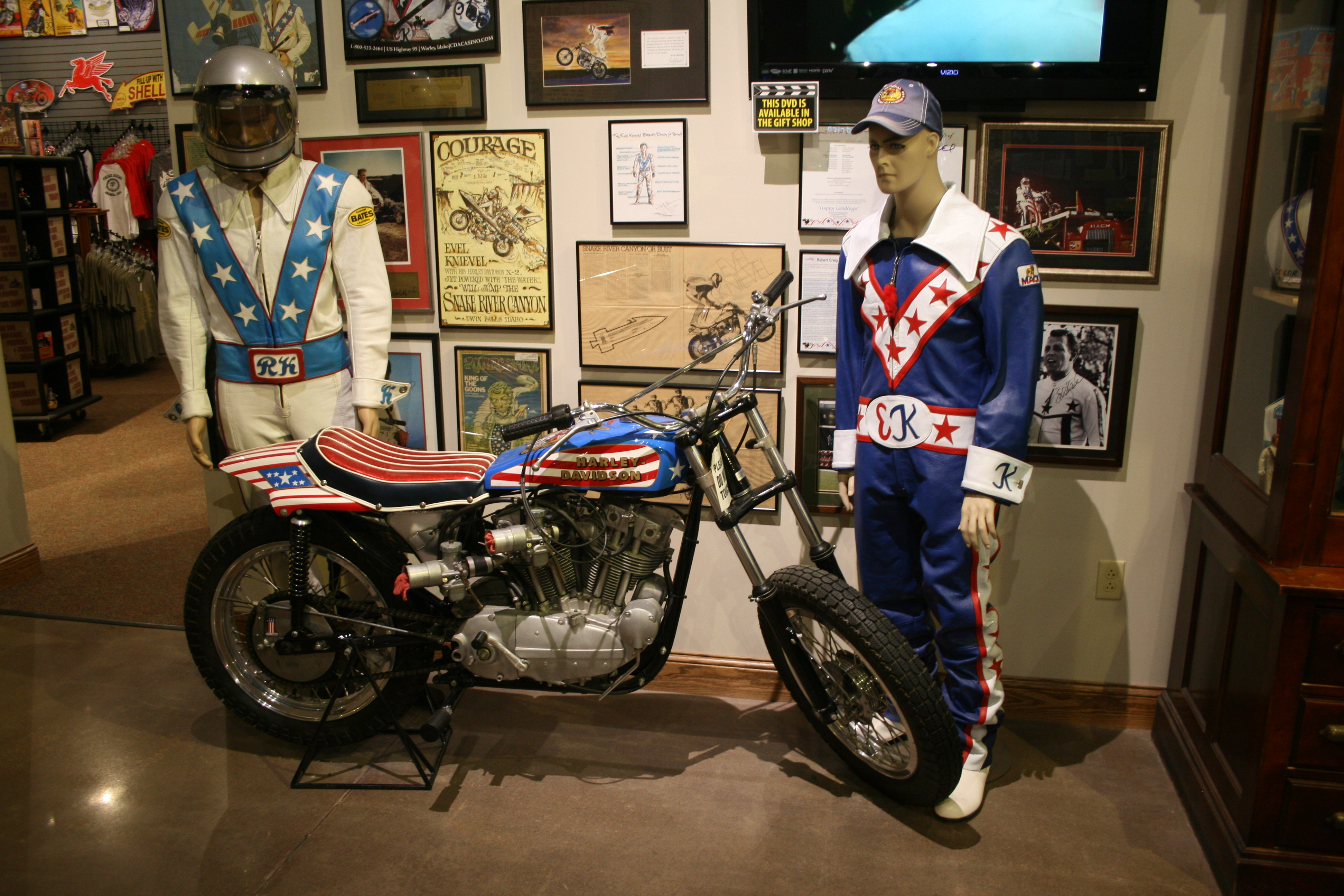 Evel Knievel 1970 Harley Davidson Xr750 Jump Bike By: Iowa Museum Is A 'field Of Dreams' For Motorcycling