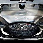shelby-cobra-roadster-trunk