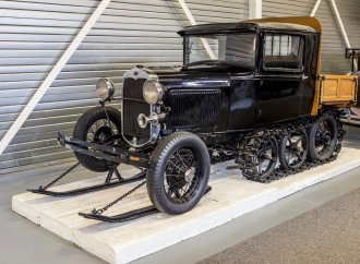 Dutch Ford museum sale exceeds $7 million