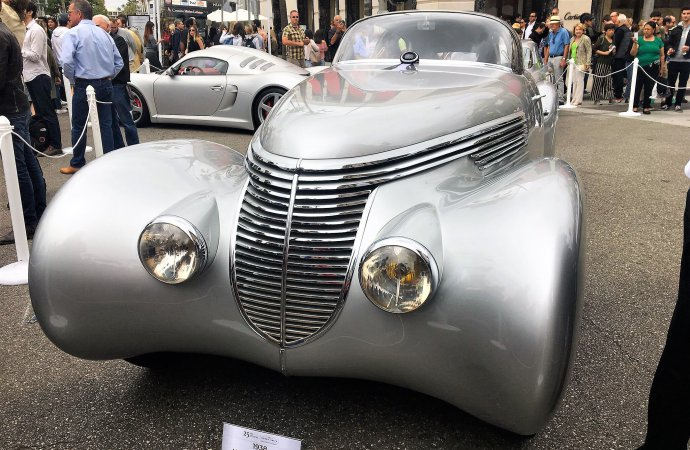 Sculpted 1938 Hispano Suiza wins top prize at Rodeo Drive Concours