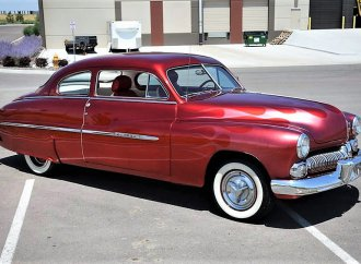Lead-sled 1950 Mercury coupe