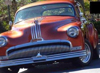 Stunning resto-mod: 1951 Pontiac wagon